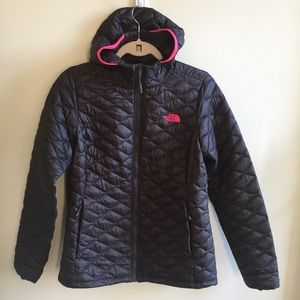 The North Face Thermoball Hoodie size M